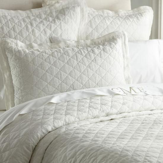 Oversized Solid 3piece Quilt Set by HJ Home Fashion