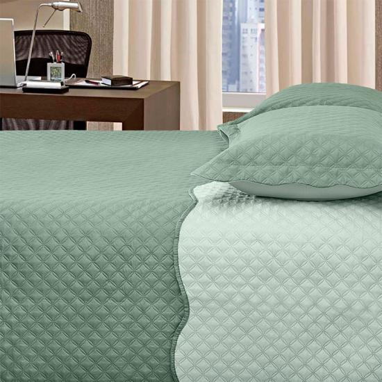 Ultrasonic queen bedspreads